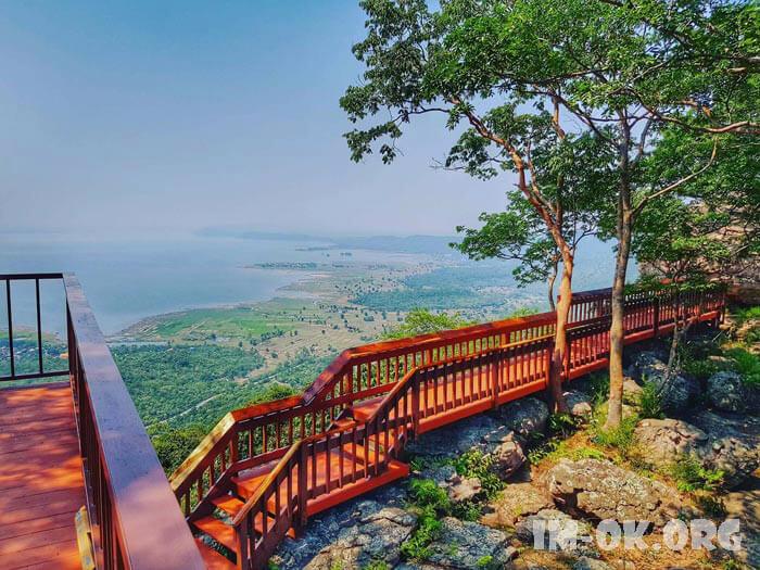 6 สถานที่เที่ยว ขอนแก่นอีสานบ้านเฮา ขอนแก่นเป็นเมืองใหญ่อีกเมืองในภาคอีสาน ทำให้มีสถานที่ท่องเที่ยวมากมายหลายรูปแบบที่จะทำให้คุณหลงไหล